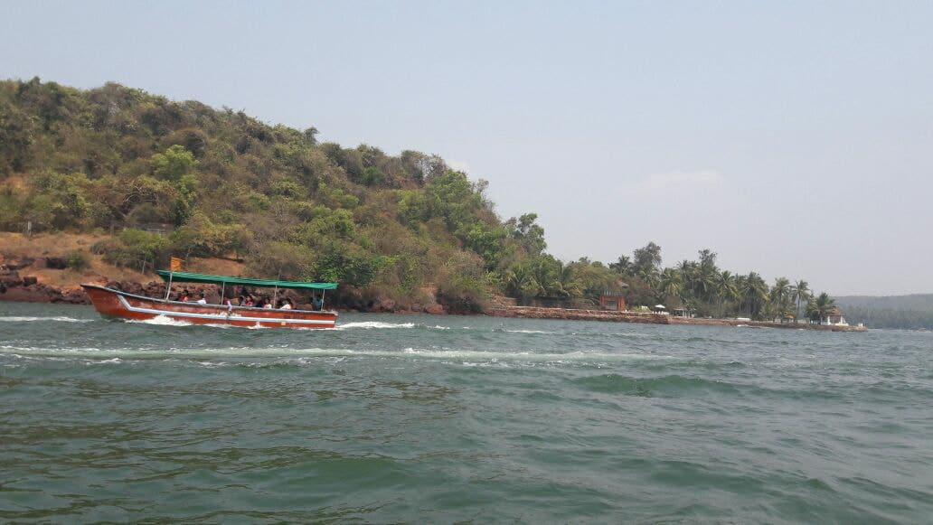 Grand Island Boat Tours -
