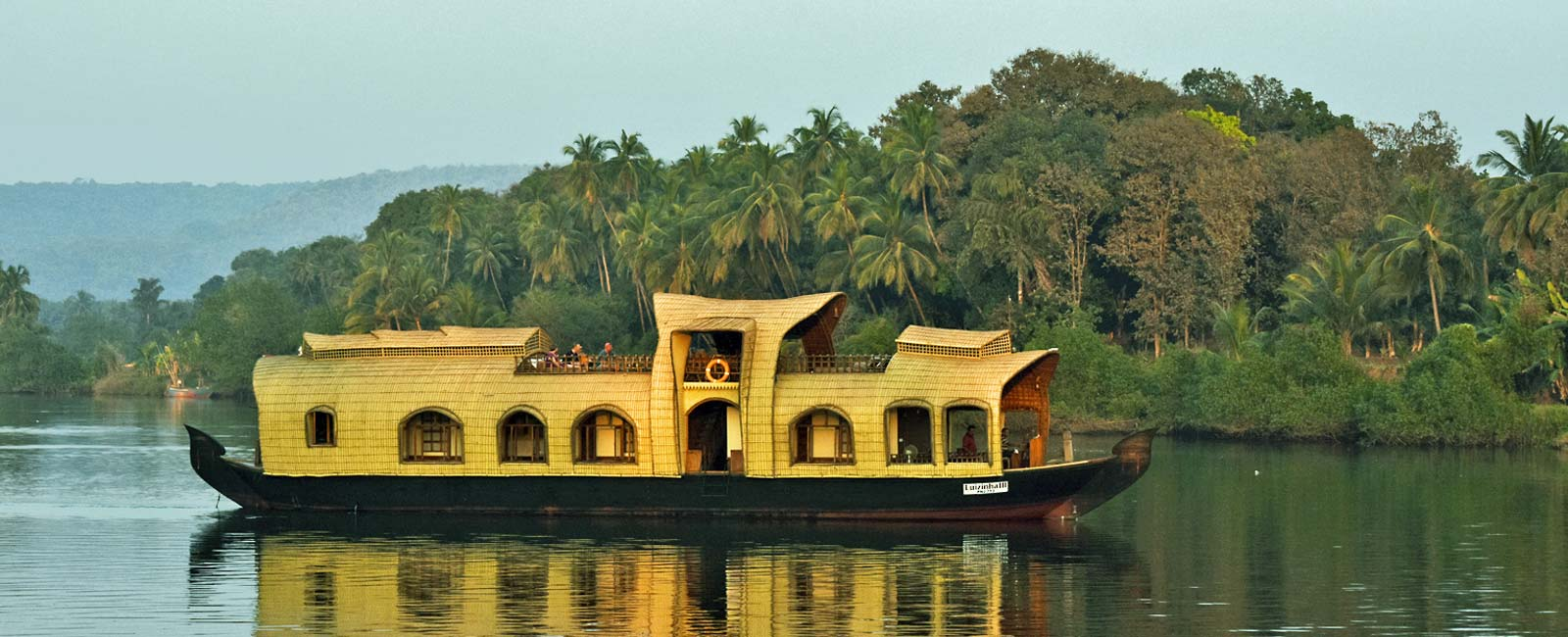 Overnight-Houseboat-Trip-Goa