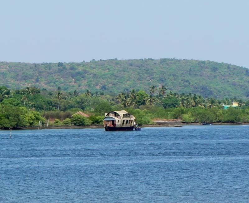 Houseboat trip - Chapora River, Goa